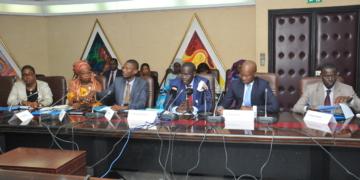 Basculement des banques dans Bâle2/Bâle3 et le PCB révisé : «Un succès» selon Amadou Aminou Lô (Bceao) et Mamadou Bocar Sy (Apbefs)