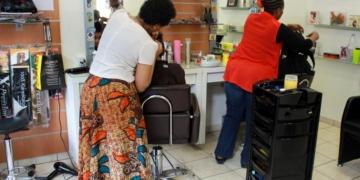 Tabaski en France: Les salons de coiffure ne se frottent pas les mains