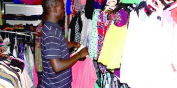Vague de chaleur à Dakar: Les filles optent pour des habits légers