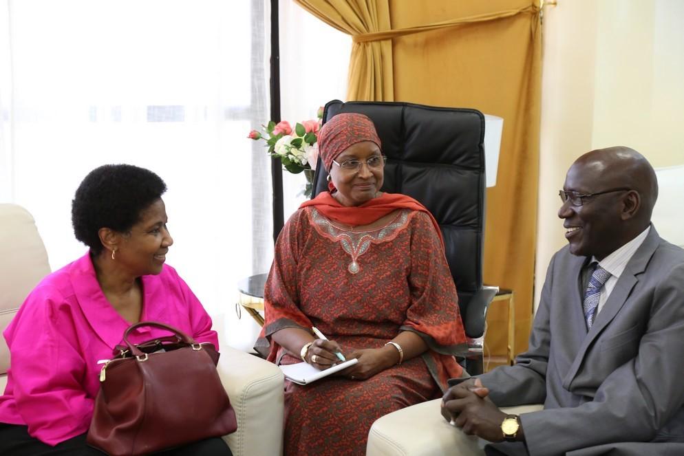 ONU Femmes: Phumzile Mlambo-Ngcuka Directrice Exécutive  en visite au Sénégal