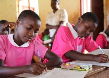 Banque mondiale: La non scolarisation des filles fait perdre 15000 à 30000 milliards de dollars (Rapport)