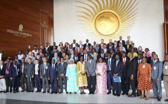 Un leadership audacieux, ''essentiel'' pour éradiquer Ébola, selon une officielle de la CEA