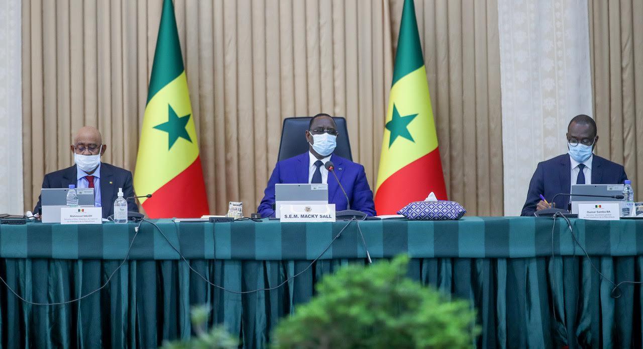 CONSEIL DES MINISTRES : Le président Macky Sall se félicite des résultats du sommet de Paris